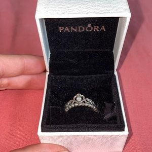 Pandora 'Princess Tiara Crown Ring'